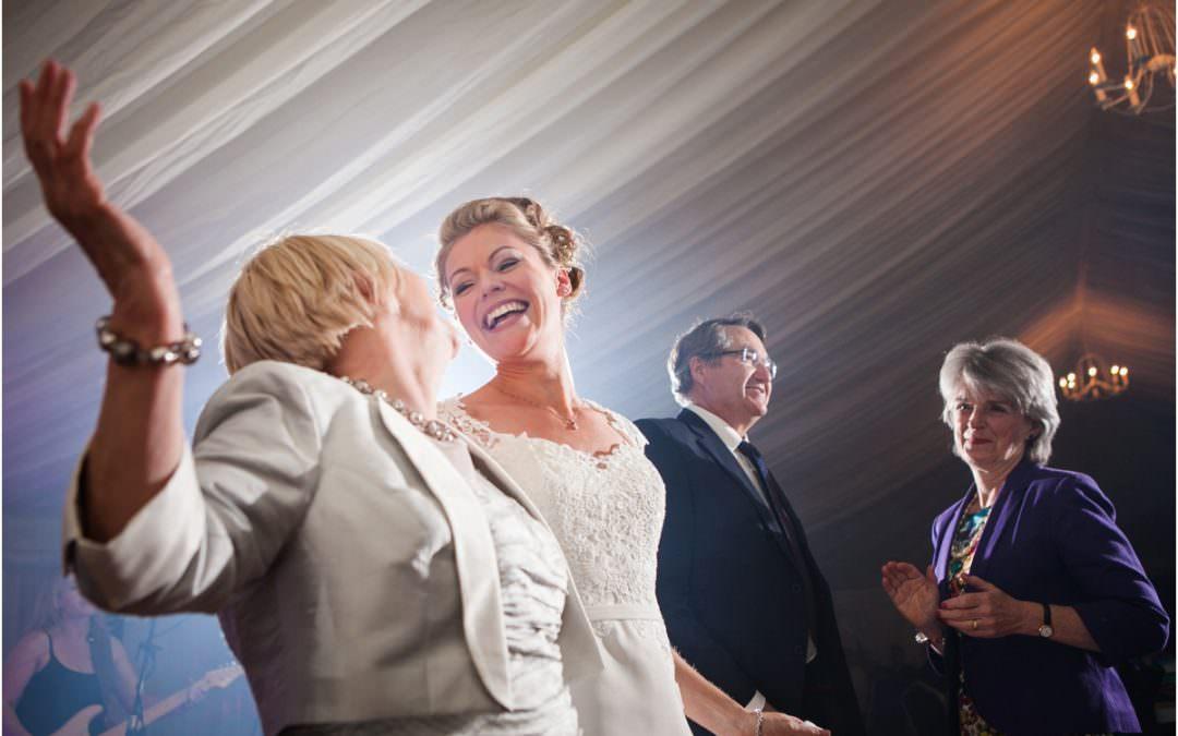 ABERGLASNEY GARDENS WEDDING PHOTOGRAPHY