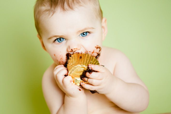 Swansea cake smash photographer | Maisie & Ewan